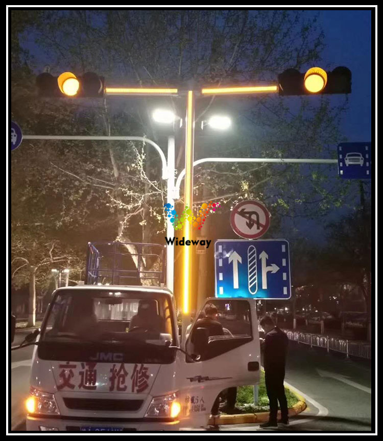 Light-Bar-Plus-Traffic-Lights_04
