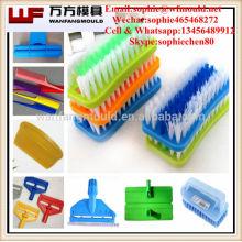 Moldeo por inyección plástico para brush / OEM Moldeo por inyección plástico de encargo para el cepillo en China