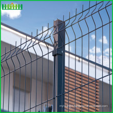 PVC Coated Curved welded wire mesh fence