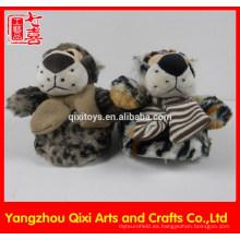 Zapatilla de goma animal de la felpa del juguete del tigre del solo del deslizador de la forma animal de la alta calidad