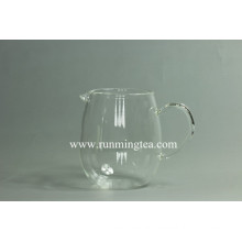 freely designed logo on the glass teaware