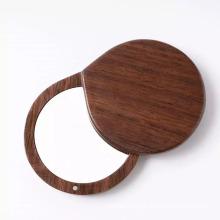Espejo de bolsillo redondo de mano de madera de belleza para mujer