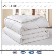 Polyester Microfiber Filling Cheap Queen Size Quilt for Hotel or Home Used