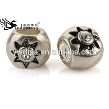 Crystal Pave Round Shape Perles en métal pour la fabrication de bijoux Bijoux DIY Prix de gros Dernier Design