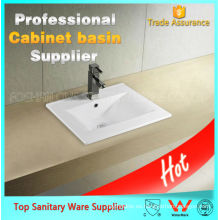 China lavabo fino de las mercancías sanitarias con diversos tamaños Artículo: precio del lavabo 9060D