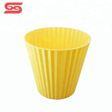 Plastic kitchen bucket household trash can for storage
