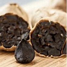L'ail noir avec la santé cardiovasculaire