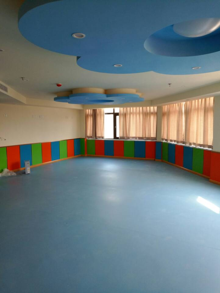 case of PVC kids flooring
