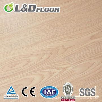 100% wasserfester Laminatboden aus Holz HDF