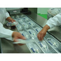 Dlz-320 Full Automatic Continuous Stretch Precision Instrument Vacuum Packaging Machine