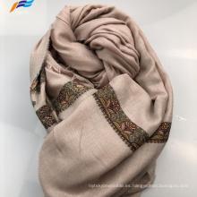 Elegante bufanda cuadrada de otoño de poliéster de seda estampada musulmana