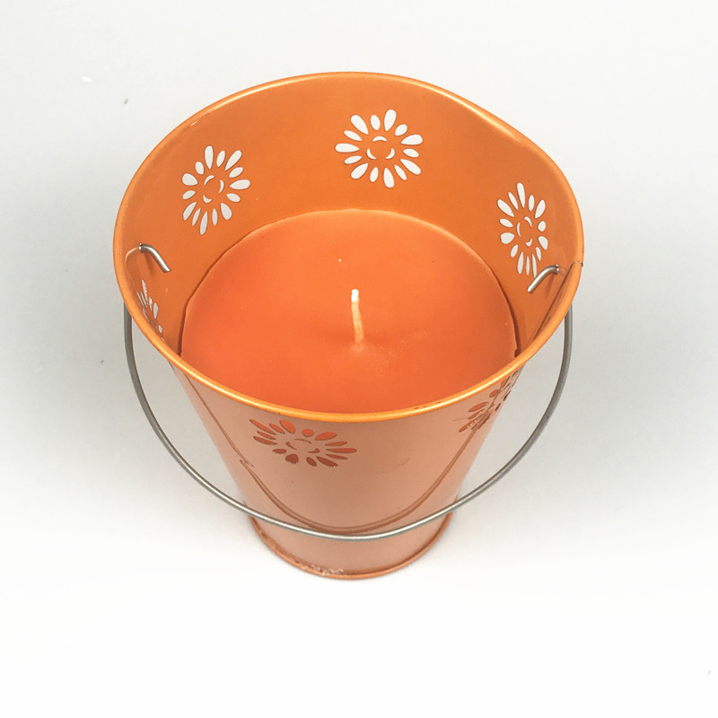 Metal Bucket Garden Citronella Candle (10)