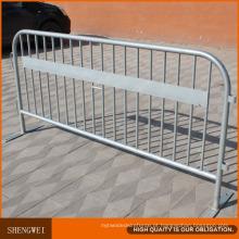 Barreiras rodoviárias removíveis de segurança em metal