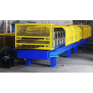 Machine de formage de rouleaux à double pont