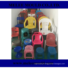 Molde plástico da cadeira da sala de visitas