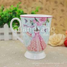 Taza roja esmaltada porcelana de alta calidad del corazón