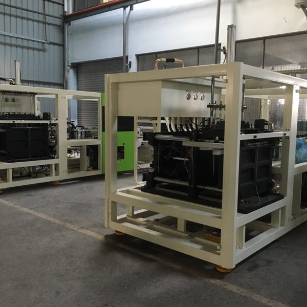 Stretch Blow Molding Machine