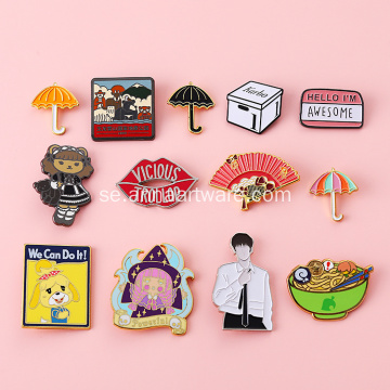 Anpassad Bulk Cartoon Gilr Hard Emalj Lapel Pin
