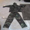 Manteau de pluie en polyester 100% imperméable à deux pièces (HY-RC001)