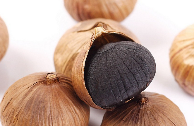 Solo Black garlic (1)
