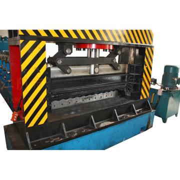 Machine de formage de rouleaux de feuilles ondulées Silo à acier auto-Bosj