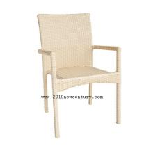 Белые стулья (8017)