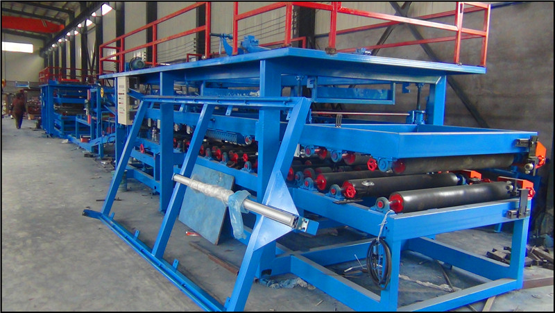 Eps And Rockwool Sandwich Panel Roll Forming Machine11