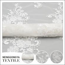 Oem personalizado tipos diferentes de fita bonita voile tecido bordado