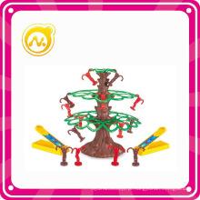 Mini plástico intelectual macacos árvore brinquedo jogos