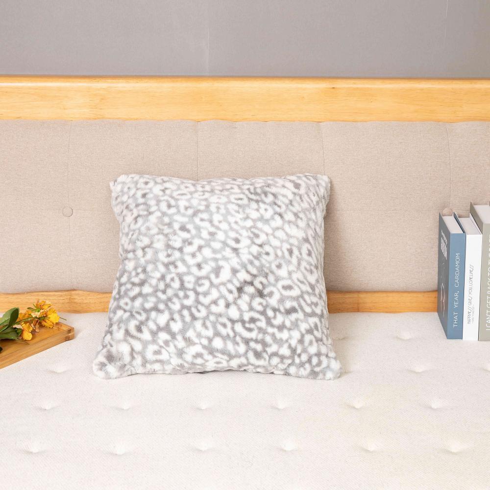 Cushion 00002 9