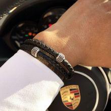 Black cowhide magnetic buckle bracelet