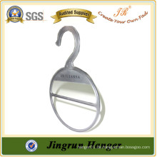China Manufacture Neue Produkt Tie Hanger aus Kunststoff