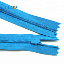 Wholesale high quality hardware accessories guangzhou factory water resistant zipper zipper reversible nylon zipper