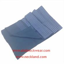 Nuevo diseño de doble lado de impresión de pantalla y cepillado 100% seda hombres bufanda mágica
