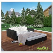 Cama de patio Audu Home Resin Wicker Outdoor Daybed