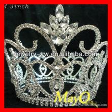 Corona cristalina grande de la tiara del desfile de la flor para la venta