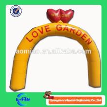 Inflatable love arch venda
