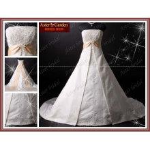 Robe de mariée en satin à la mode