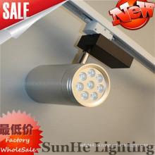 Alle Silberreflektor Black & White glatte Oberfläche geführtes Schienenlicht, das auf Hotel u. Toggery verwendet
