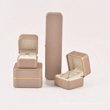 Shangjie OEM fashion jewelry 2021 engagement ring box leather  ring box packaging jewelry ring box