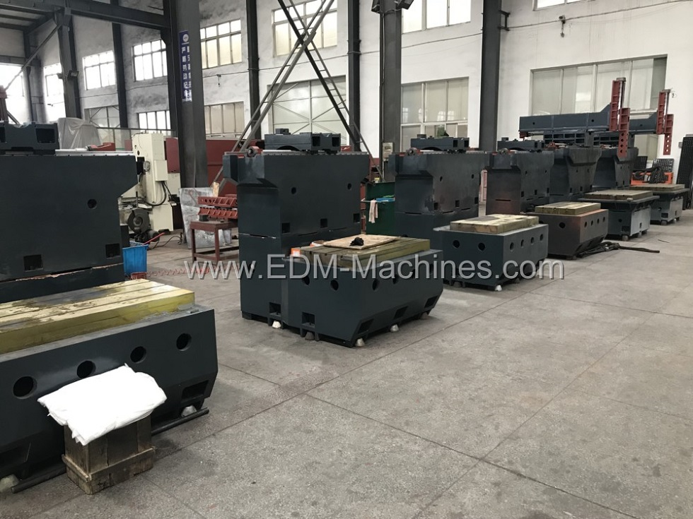 Dm Cnc Edm Sinker Machine