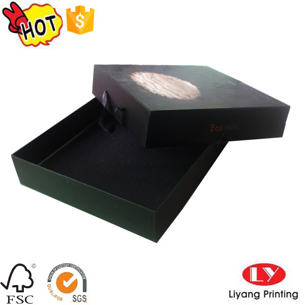 packaging box with handle