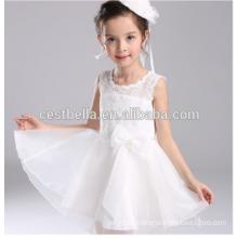 Neueste elegante Organza Kinder Party tragen weiße Blumenmädchen Kleider für Hochzeit