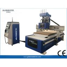 Máquina de roteador CNC de eixos triplos