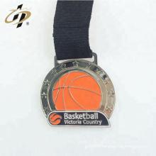 En gros personnalisé votre propre logo antique en métal argent basket-ball médailles