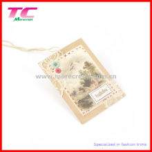 off-Set Printed Paper Swing Tags for Quality Garments