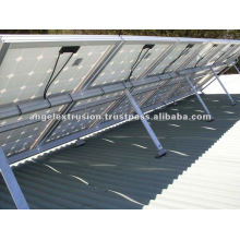 Perfil de aluminio para sistema de montaje solar