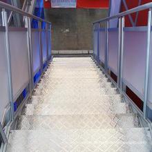 Kundenspezifisches einfaches installieren Aluminiumbühnenhintergrunddesign im Freien