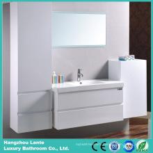 Wall Mounted Fashion Bathroom Furniture Shower Cabin (LT-C051)