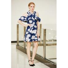 Große Blumendruck-kalte Schulter-Smocking Sleeve-Knopfleiste vorderes Abschlussball-Kleid